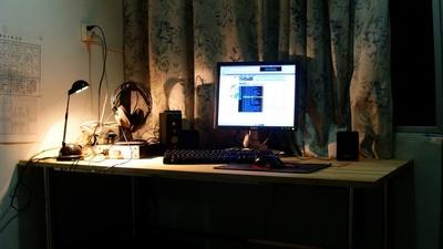 computer_desk1.jpg
