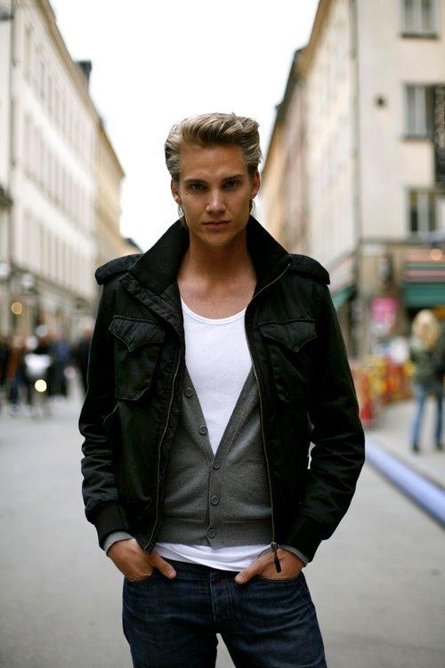 blondeboy.jpg